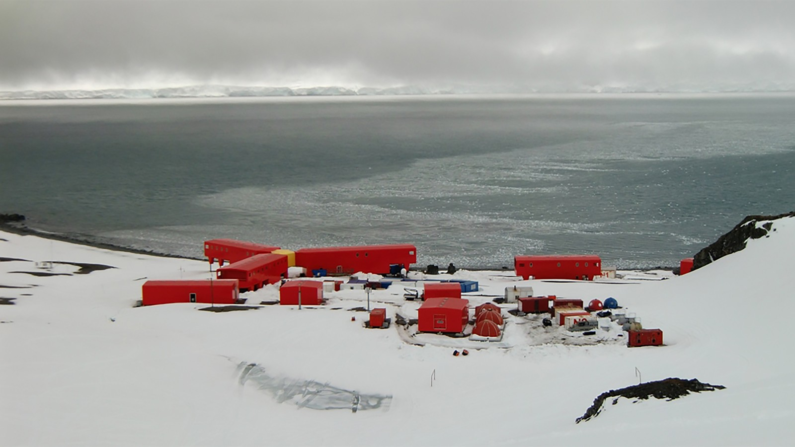 Juan Carlos 1 Antarctic Research Station 5