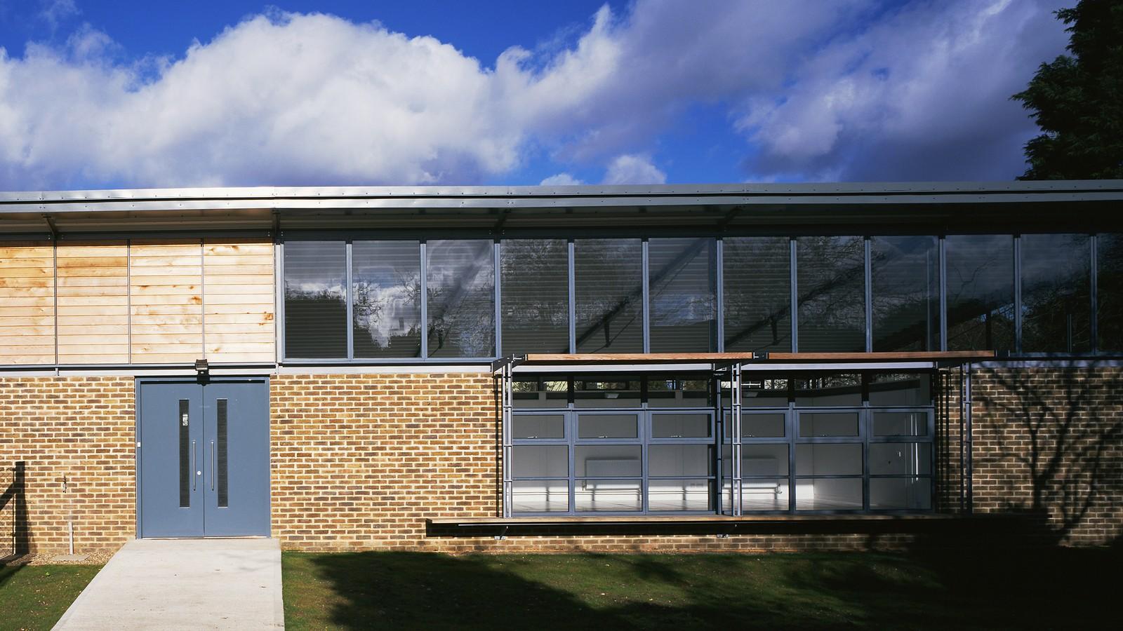 South Wimbledon District Guides 1