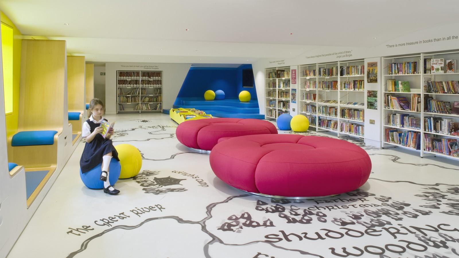 Thomas's Clapham Library 4